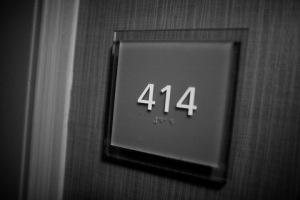 door_number